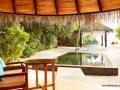 irufushi_-deluxe_beach_villa_pool_0133