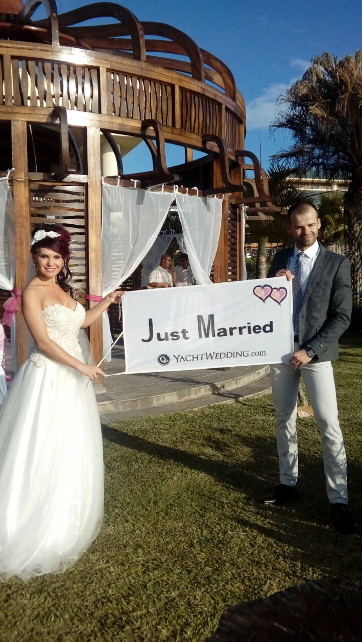 YachtWedding-JustMarried-Gabriela-Michal
